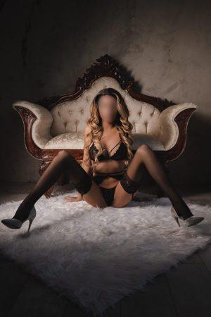 Ysabella luxury best escort agency montreal 4